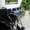 Neben der Hygiene spielt auch die Gestaltung eine große Rolle sowohl im Wartezimmer als auch in den Behandlungsräumen.